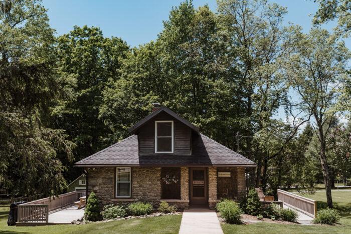 Historic Stone Cottage Accommodation